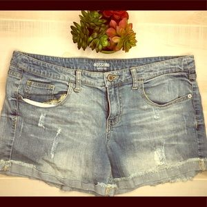 🌈Mossimo washed denim jeans shorts 17